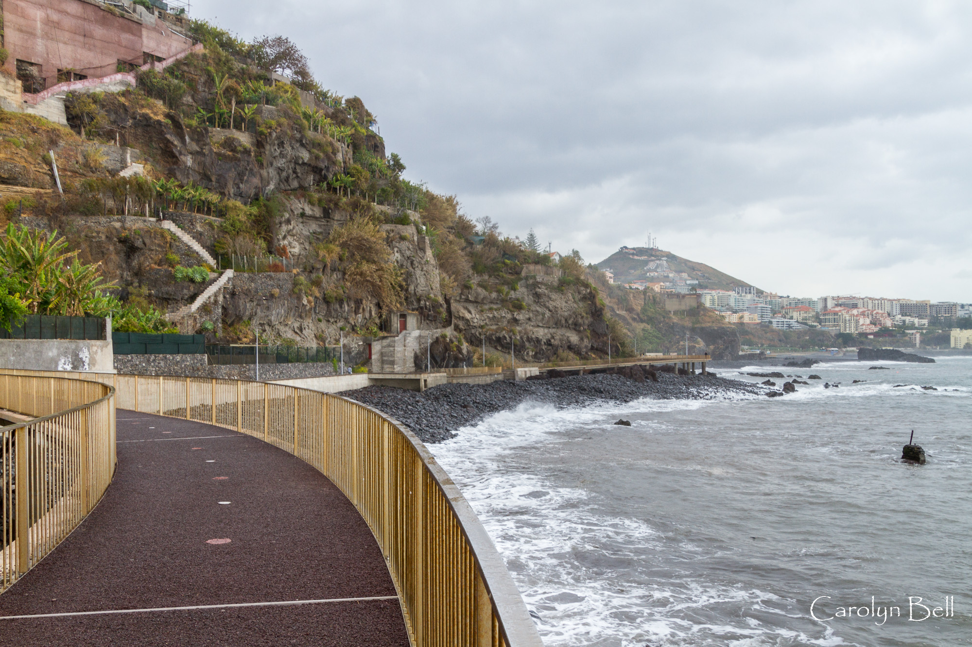 The walkway to Camara de Lobos