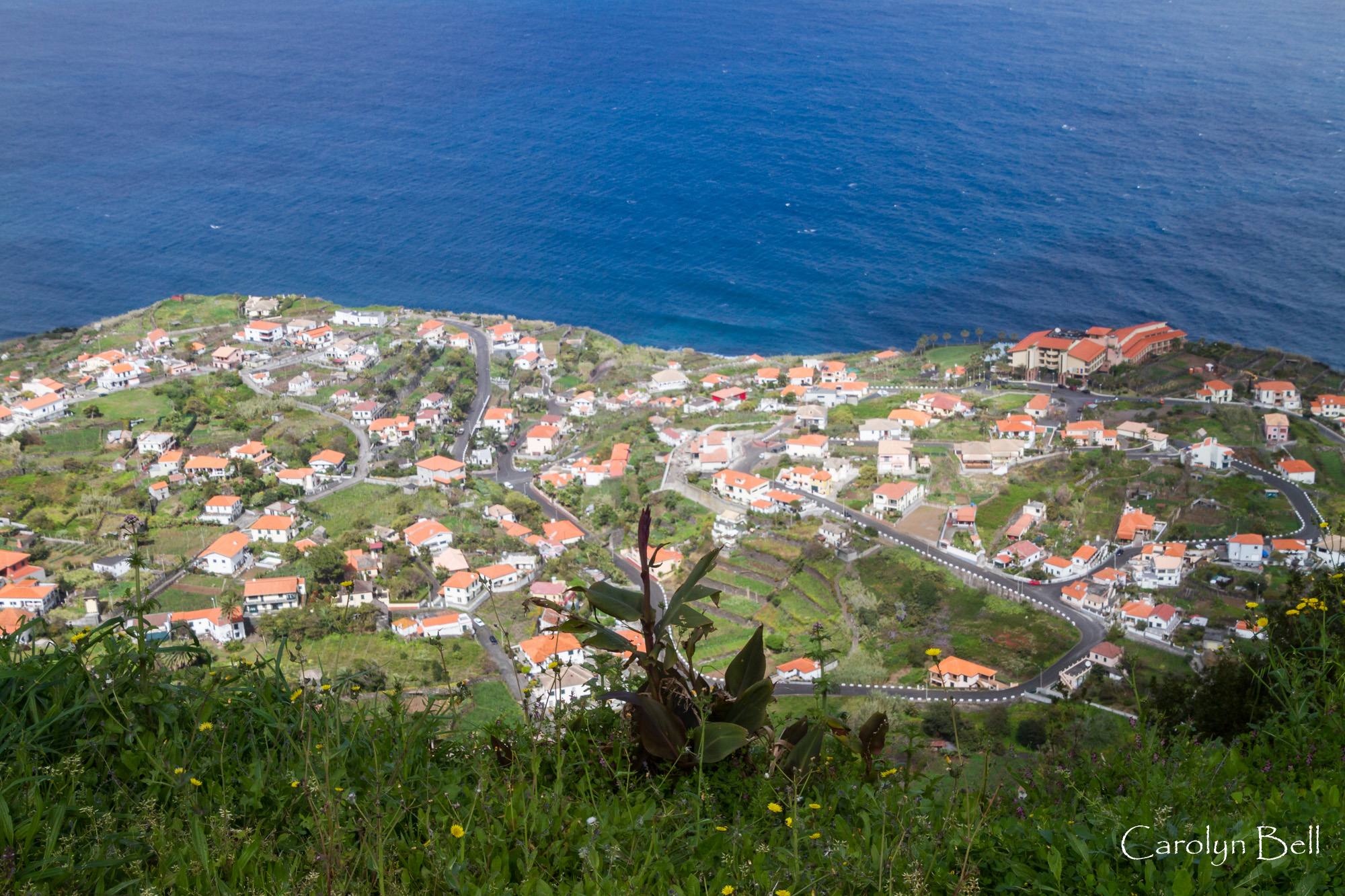 Inland viewpoint above Ponta Delgada