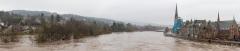 Swolen River Tay in Perth